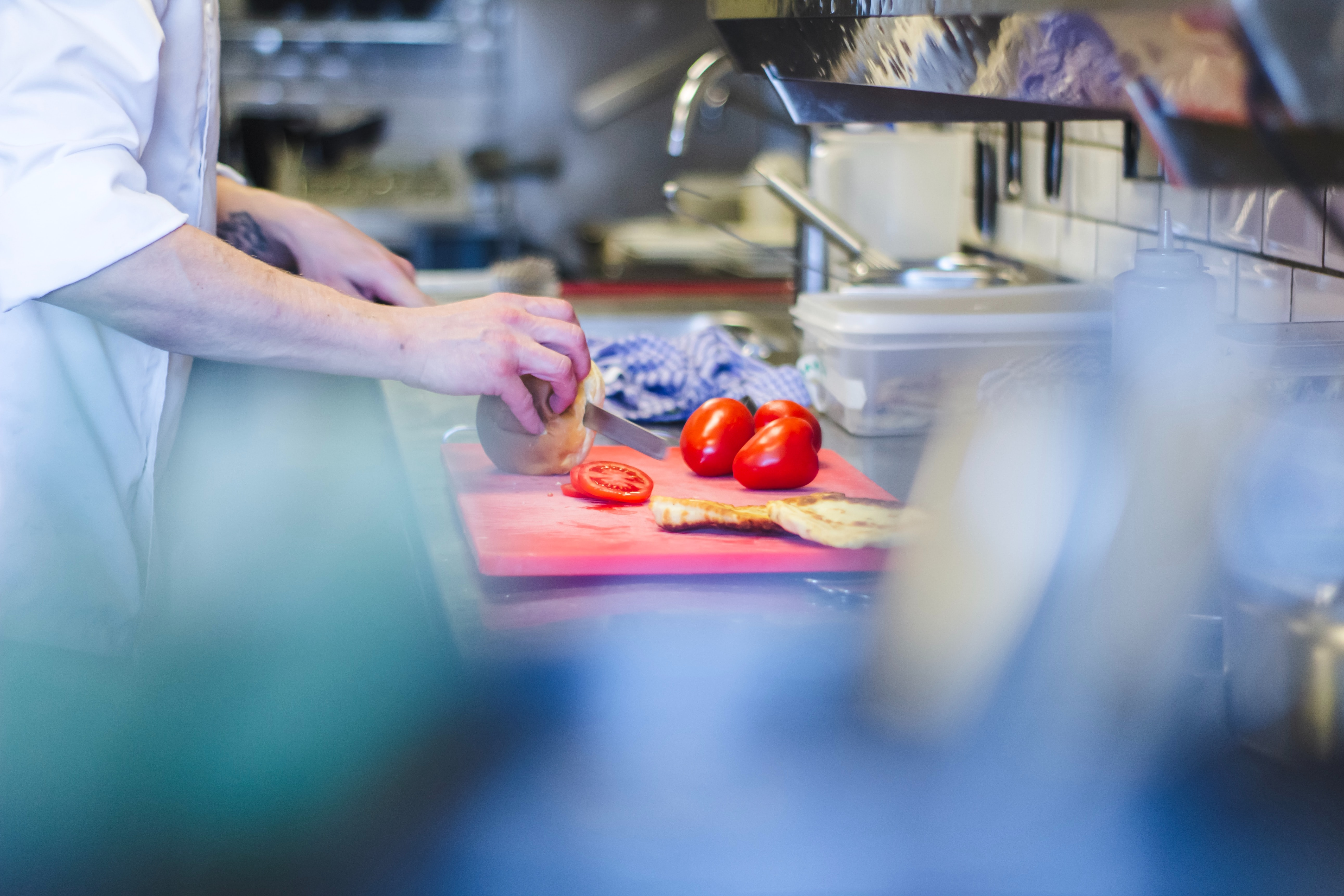 Safety Showers and Emergency Eye Washes in the Food Service Industry